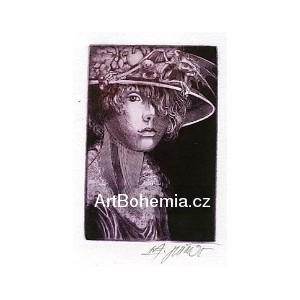 Dívka s ovocným kloboukem