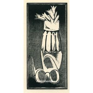 Brýle a váza s tulipány