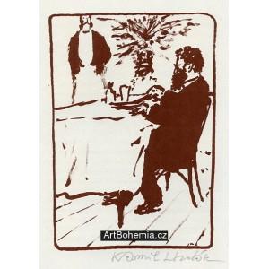 Muž za stolem a číšník